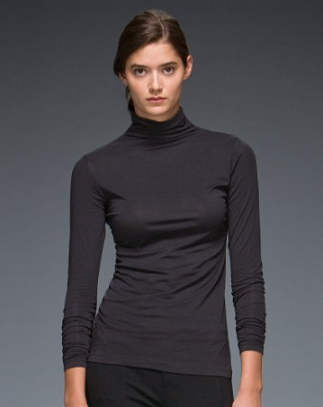 Solid jersey turtleneck85